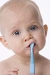 Детские зубки: как правильно ухаживать?