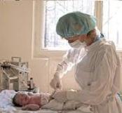 Какие процедуры и анализы делают новорожденным?