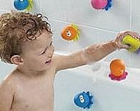 Как оформить ванную комнату для малыша